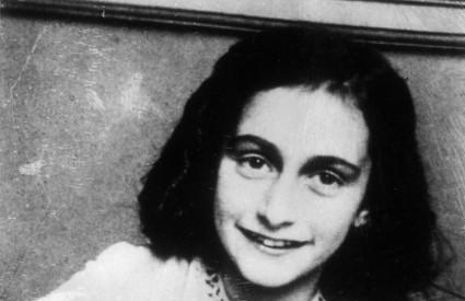 DNEVNIK Anne Frank, objavljen 1947. godine, preveden je na 60 jezika i prodan u više od 25 milijuna primjeraka
