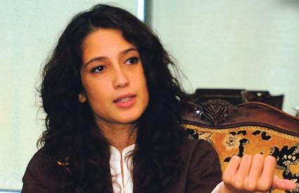 JAVNOST u Pakistanu smatra da nećakinja ubijene Benazir Bhutto jedina može naslijediti svoju tetu, jer joj je nevjerojatno slična