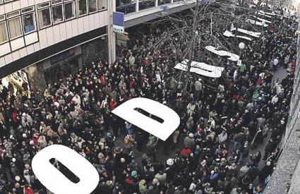 Subotnja špica pod zaglušujućom bukom prosvjednika