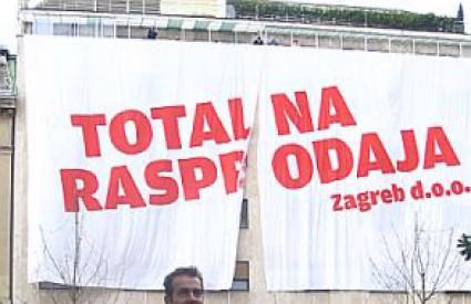 Organizatori prosvjeda su Zelena akcija i Pravo na grad