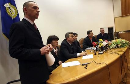 U Ravnateljstvu policije jučer su javno izneseni svi podaci vezani uz veliku antipedofilsku operaciju
