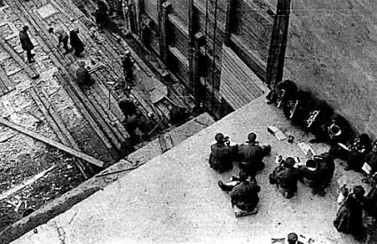 Fotografija na kojoj radnici grade Bjelomorsko-baltički kanal smatra se iznimkom među radovima Aleksandra Rodčenka
