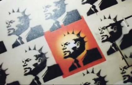 Najzapaženiji Banksyjev grafit je onaj druga Lenjina ispod kojeg piše 'kapitalistički lešinari'