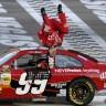 NASCAR-  Vozač 'gimnastičar'