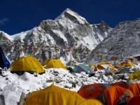 Kina čisti bazni logor za uspon na Everest