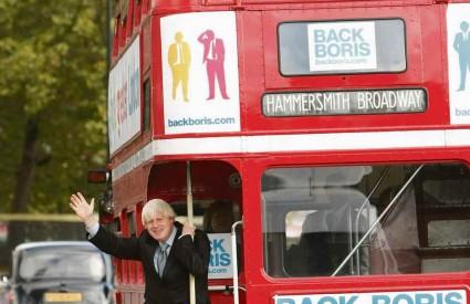 Boris Johnson po istraživanjima vodi pred Livingstoneom