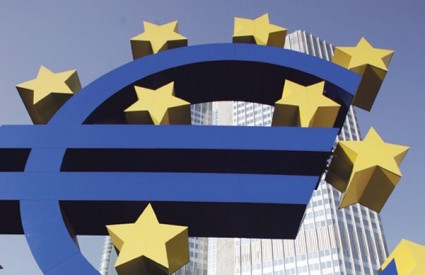 Eurozona se izvlači, a mi tonemo