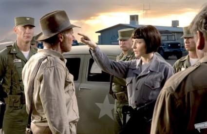 Cate Blanchett glumi opasnu rusku agenticu Irinu Spalko koja stvara Indiani Jonesu velike probleme u novom filmu