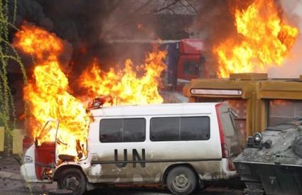 Nemiri na Kosovu eskaliraju