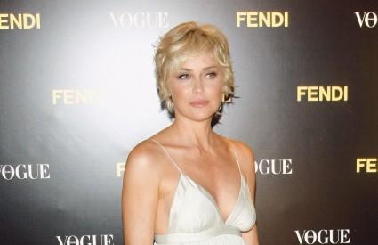 Sharon Stone jedan je od primjera uspješne borbe protiv starenja