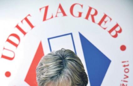 Zagrebačka obitelj godišnje troši oko 4500 kuna ili šest posto kućnog proračuna na telekomunikacijske usluge
