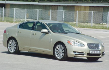 U svibnju je prodano dvanaest Jaguara