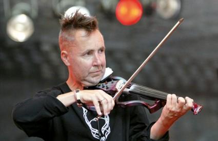 Violinist Nigel Kennedy rekao je kako su kokain i marihuana popularni među njegovim kolegama
