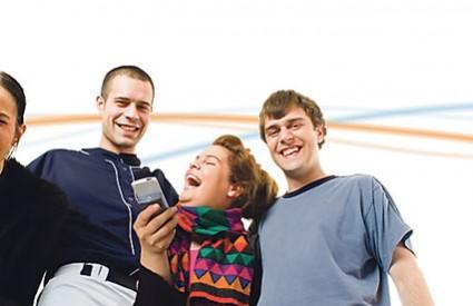 Djeca trebaju biti 'oprezna' prilikom upotrebe mobitela, jer su kod njih prisutne nejasnoće oko mogućih zdravstvenih rizika