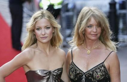 Teško je reći utječe li više Goldie Hawn na Kate Hudson ili obrnuto, no jedno je sigurno, stil je prepoznatljiv.