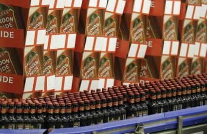 Krigla pive mogla bi biti službeni zaštitni znak Engleske unatoč tome što je prodaja piva pala za 4,5 posto u odnosu na prošlu godinu