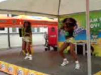Jasmina i Brazilke plešu