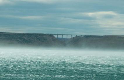 Olujni vjetar zatvorio A1 od Maslenice do Sv. Roka