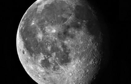 Na Mjesecu ima vode u izobilju, izgleda