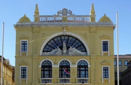 Zgrada HNK u Splitu