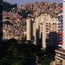 Rio gradi pola milijuna socijalnih stanova