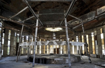 Sadašnje, sramotno stanje Francuskog paviljona