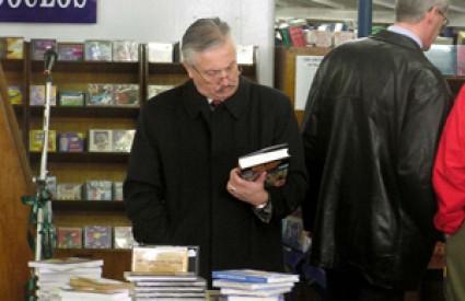 Kako je Mujo prodao knjigu