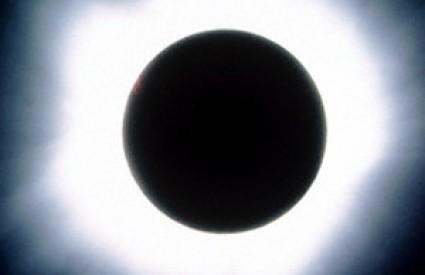 Crno sunce oduvijek je plašilo ljude