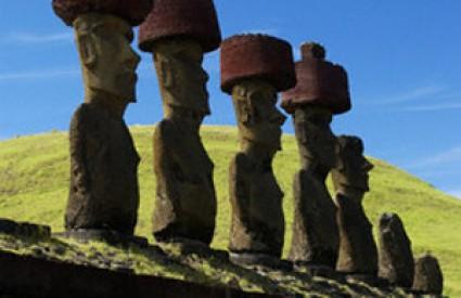 Moai su došetali na svoja mjesta