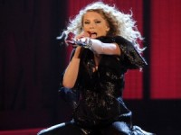 Taylor Swift prestigla Michaela Jacksona po broju American Music Awardsa
