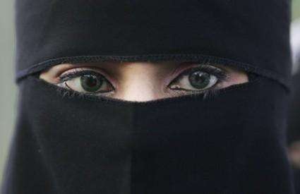 Veličanstvena žena - novi časopis u izdanju Al Kaide