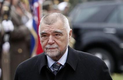 Stjepan Mesić odbacuje optužbe