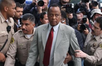Conrad Murray osuđen je na četiri godine zatvora