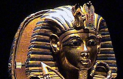 Ostavite je u Luxoru...