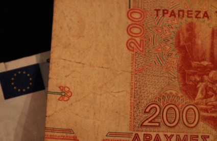 Vraća li se Grčka na drahmu?