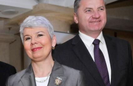 Vlada od MOL-a nije dobila suglasnost za objavu glavnog ugovora