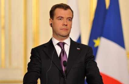 Medvedev Rusija nuklearno gorivo Iran