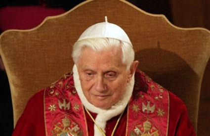 papa Benedikt XVI. pedofilija irska