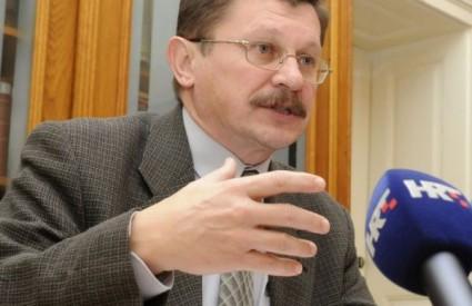 Vilim Ribić iz Sindikata znanosti i obrazovanja iznio je protuprijedlog vladinoj poreznoj reformi