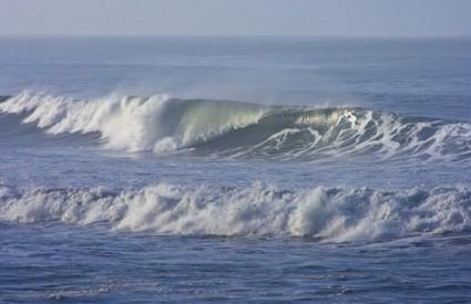 Prvi valovi tsunamija nisu preveliki