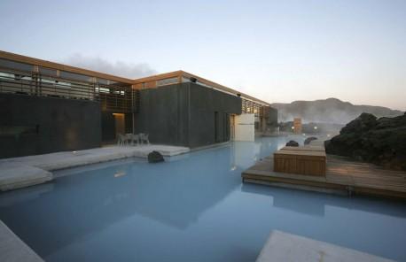 hotel_bluelagoon_island.jpg