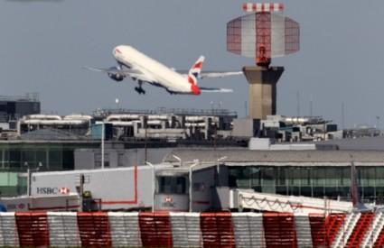 Norwegian u low-cost segmentu, Cathay Pacific Airways među ostalima