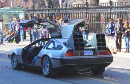 DeLorean DMC-12 (Povratak u budućnost) jedan je od najpoznatijih filmskih automobila