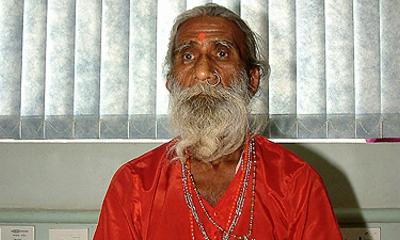 Jogi tvrdi da 70 godina živi bez hrane i vode