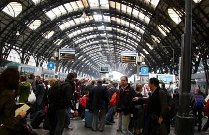 Uskoro treba očekivati manje gužve na željezničkim i autobusnim kolodvorima