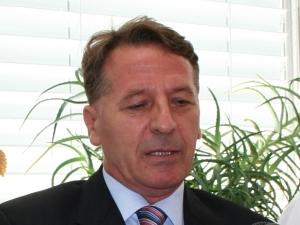 Dr. Dujomir Marasović