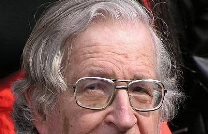 Chomsky uvijek u središtu kontroverzi