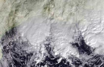 Agatha tropska oluja