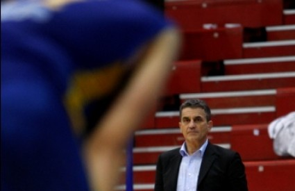 Denis Bajramović, trener Zagreba, morao je priznati poraz pred raspoloženim Cibonašima