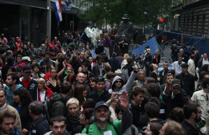 Varšavska prosvjed Milan Bandić ostavka